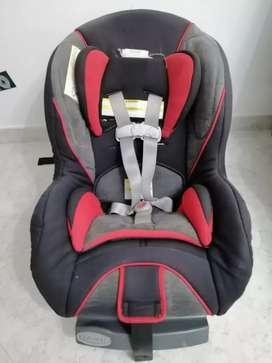 Silla de bebé para carro marca graco confort sport roja