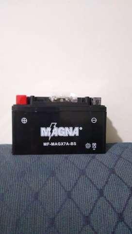 Bateria sellada carga seca libre de mantenimiento. Para moto AGILITY/todas