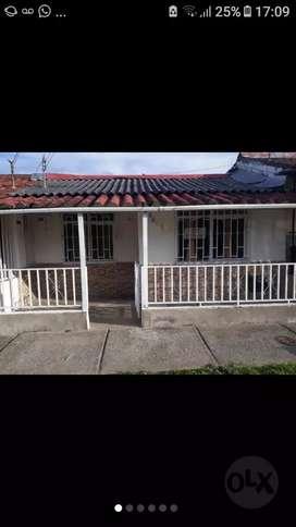 vendo linda casa en monte negro barrio alaska manzana G1 casa # 7