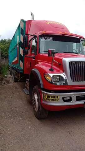 Se vende camión carreta año 2008