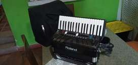 Acordeón Roland FR 3S con módulo y pedalera todo Roland