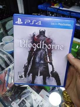 Vendo bloodborne ps4 usado