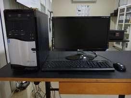 Computador de escritorio Janus