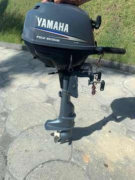 Motor Yamaha 2.5hp fuera de borda