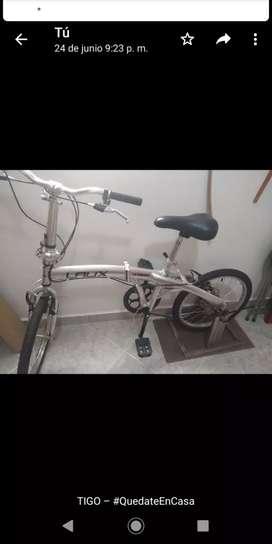Vendo bicicleta  plegable. Nueva