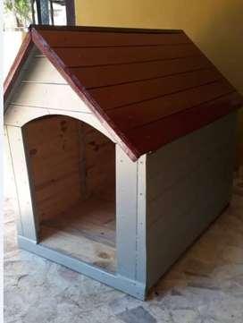 Cuchas de perros de madera N4