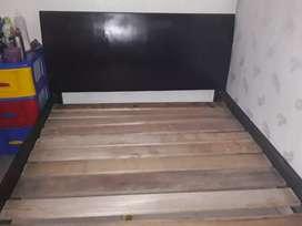 Vendo cama de madera