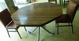 Mesa octogonal para comedor + 2 sillas