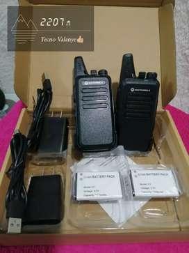 Radios Motorola C1 dos radios dos baterías dos cargadores alcance de 3 a 5 kilómetros en campo abierto