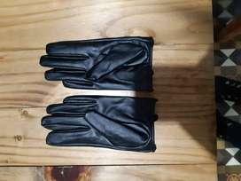 Guantes de cuero ecologico con tachas sin uso