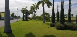 Venta de Exclusivo Terreno al Lago y Area Verde VIA Samborondon