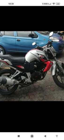 Hola vendo moto Z1 KING200