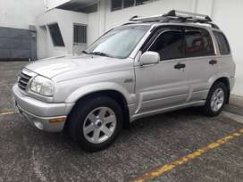 Solo vendo grand vitara. Precio negociable