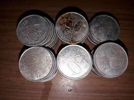 Lote de 57 monedas de 50 centavos 1983 y 1984