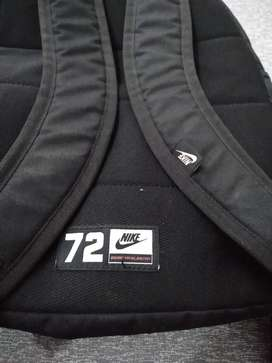 Vendo mochila nike original