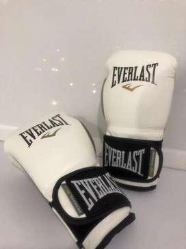 Vendo guantes de boxeo dama marca everlast
