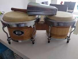 Vendo bongo marca DADI ( profesional ) + campana