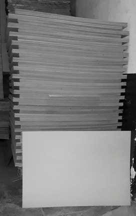 Cartón Gris 1,5mm Planchas de 70x100cm Bancal de 1.000hjs