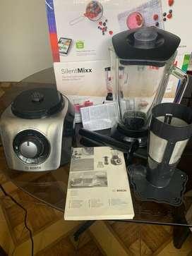 Licuadora Bosh Silentmixx 800watts con filtro de jugos y picador