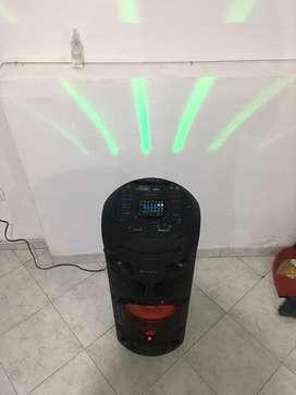 Vendo equipo de sonido sony para el hogar