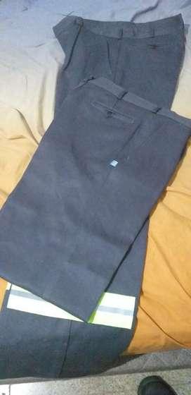 Vendo Pantalones Trabajo Ombu