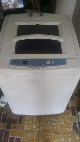 Lavadora Digital Samsung 28 Libras