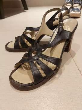 Vendo sandalias usadas