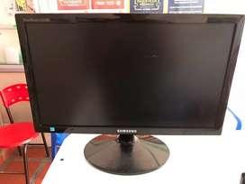 Monitor 18.5 Samsung Sync Master Sa300