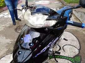 Vendo moto Best 125 excelente estado