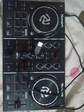 Numark Party mix usado en buen estado