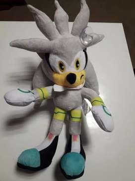 Peluche Silver the Hedgehog de Sonic