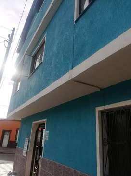 Vendo casa esquinera y comercial bien ubicada con dos locales comerciales segundo piso 4 hitaciones cocina y baño tercer