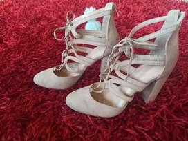 Espectaculares botas de dama talla 38 llegadas de los Estados Unidos y de otros países