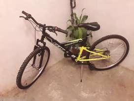 Bicicleta GW doble suspensión