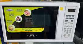 Se venden hornos microhondas