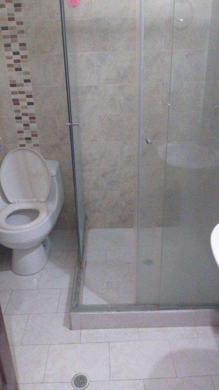 Vendo hotel de 42 habitaciones Cúcuta centro por favor llamar al número 0