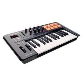Controlador M-Audio Oxygen 25 IV piano USB 25T Music Box