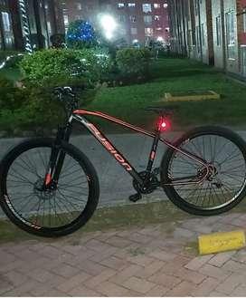 Bicicleta FUSION, rin 29
