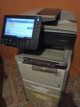 Vendo copiadora Ricoh aficio sp 5210 blanco y negro