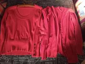Conjunto de pullover y saquito