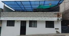 Se vende casa y departamento en terreno de 200 m²