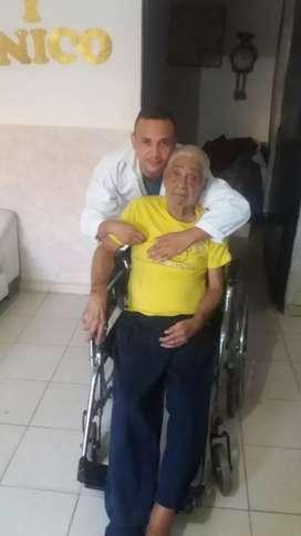 Ofrezco mis servicios para cuidar adultos mayores total disponibilidad y experiencia