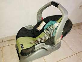 Silla de bebé para carro con base - Graco