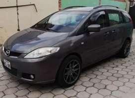 Mazda 5 tipo mini van