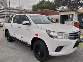 HILUX SR EN ESPECTACULAR ESTADO