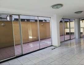La Carolina, local, alquiler, 118 m2, 1 ambiente, 2 baños,