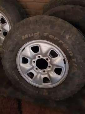 """Vendo Aros 16"""" para Toyota Hilux"""