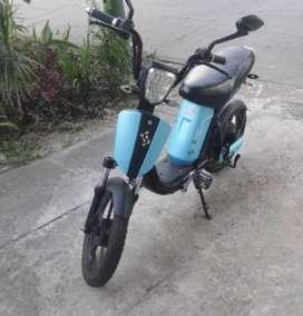 Vendo moto eléctrica skuty