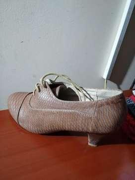 zapatos elegante talla 36 marca REINDEER