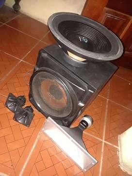 bajo Sony ...y Parlante Acoustic de 12 P